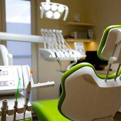 Check best treatment prices in Hungary at La Porta Zugloi Dental and Implantology Centre
