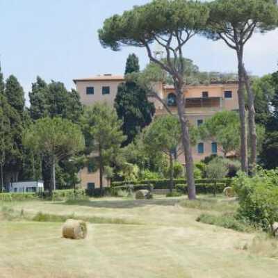Find Rheumatology prices at Clinic Villa Stuart in Italy