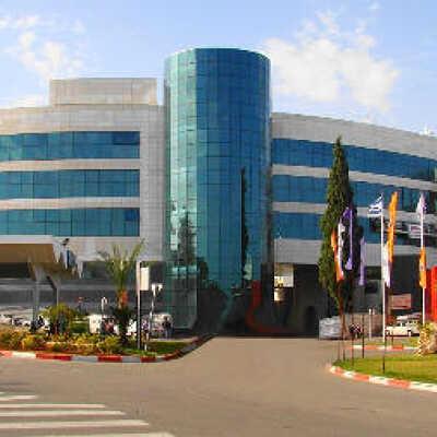 Найти лучшие цены на лечение миомы матки в медицинском центре Ассаф Арофэ, Израиль