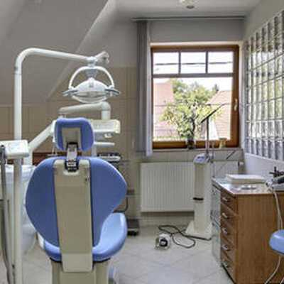 Check best treatment prices in Hungary at HD Dental Clinic