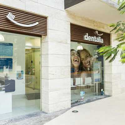 Find Denture prices at Dentalia Playa del Carmen in Mexico